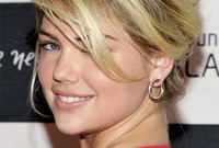 Kate-upton-latest-hair-and-makeup-side